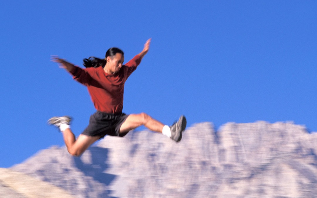 Ready to jump from spreadsheet to bookkeeping software? Here's 5 good reasons to jump.